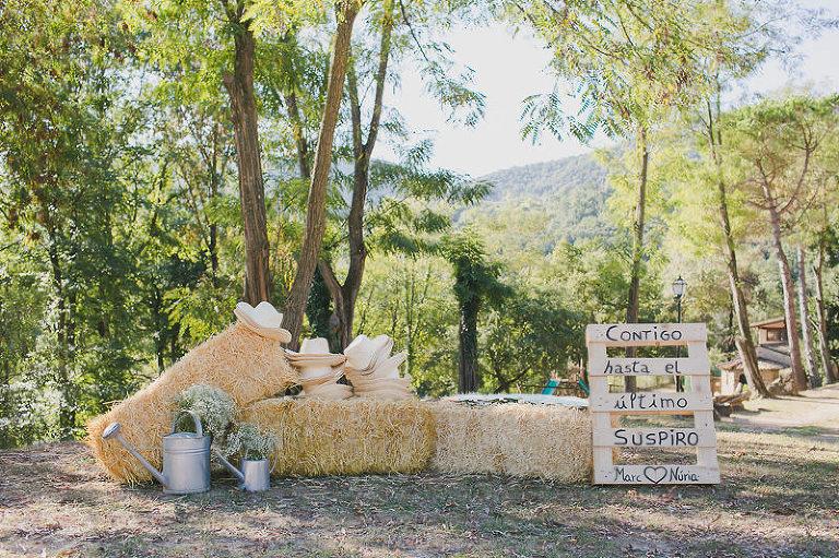 fotografia-boda-campestre-casa-de-colonias-girona-aida-y-victor-002